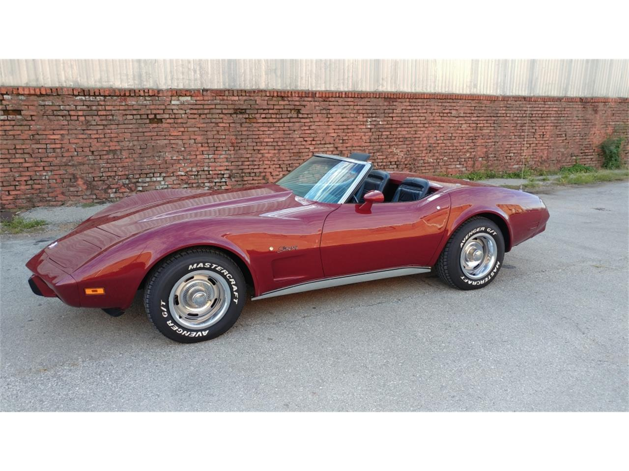 Large Picture of '75 Chevrolet Corvette located in Missouri - MO2D