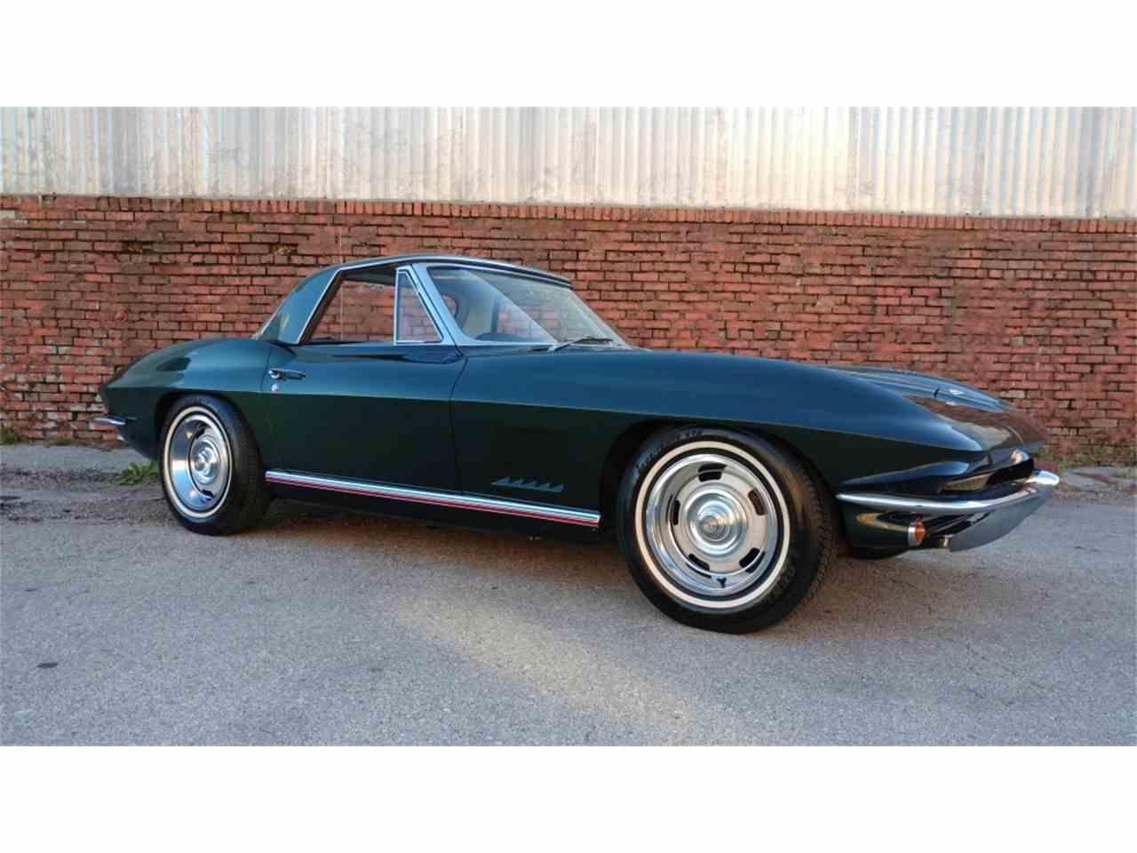 Large Picture of '67 Corvette - MO2F