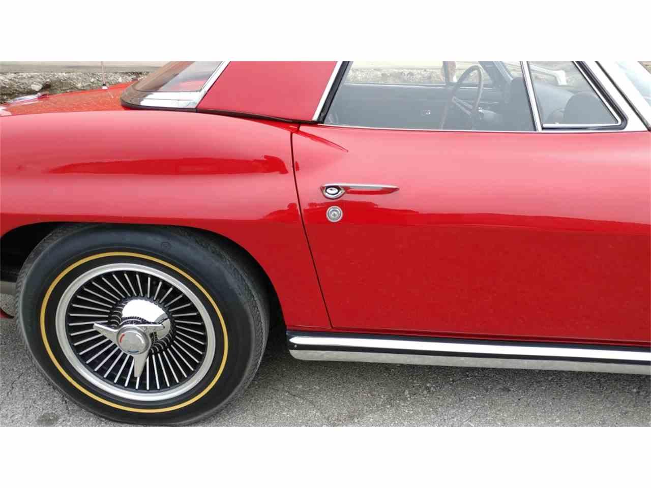 Large Picture of Classic '65 Corvette - MO2I