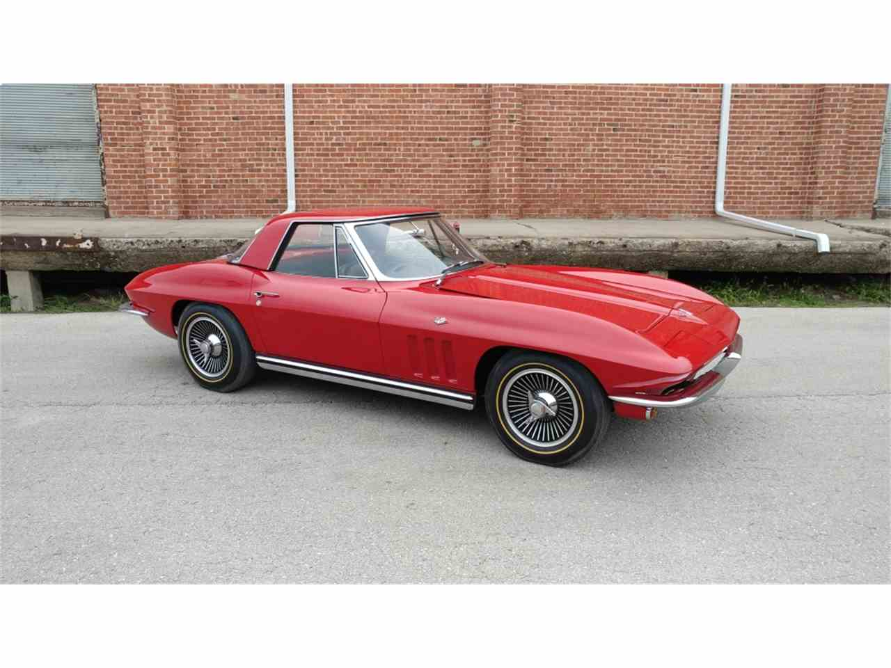 Large Picture of 1965 Corvette located in N. Kansas City Missouri - $69,995.00 Offered by Vintage Vettes, LLC - MO2I