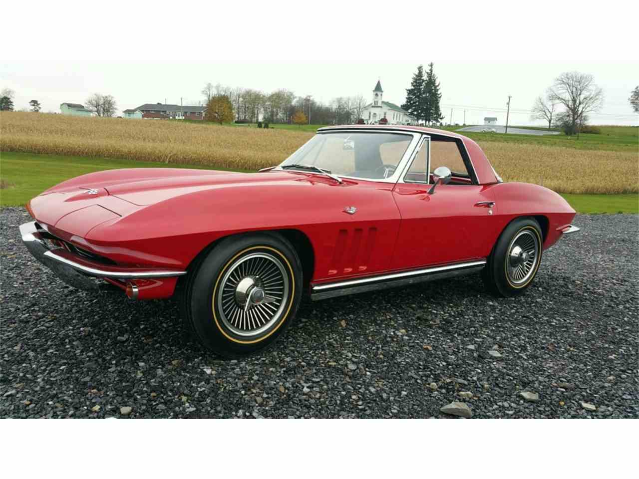 Large Picture of Classic 1965 Corvette - MO2I