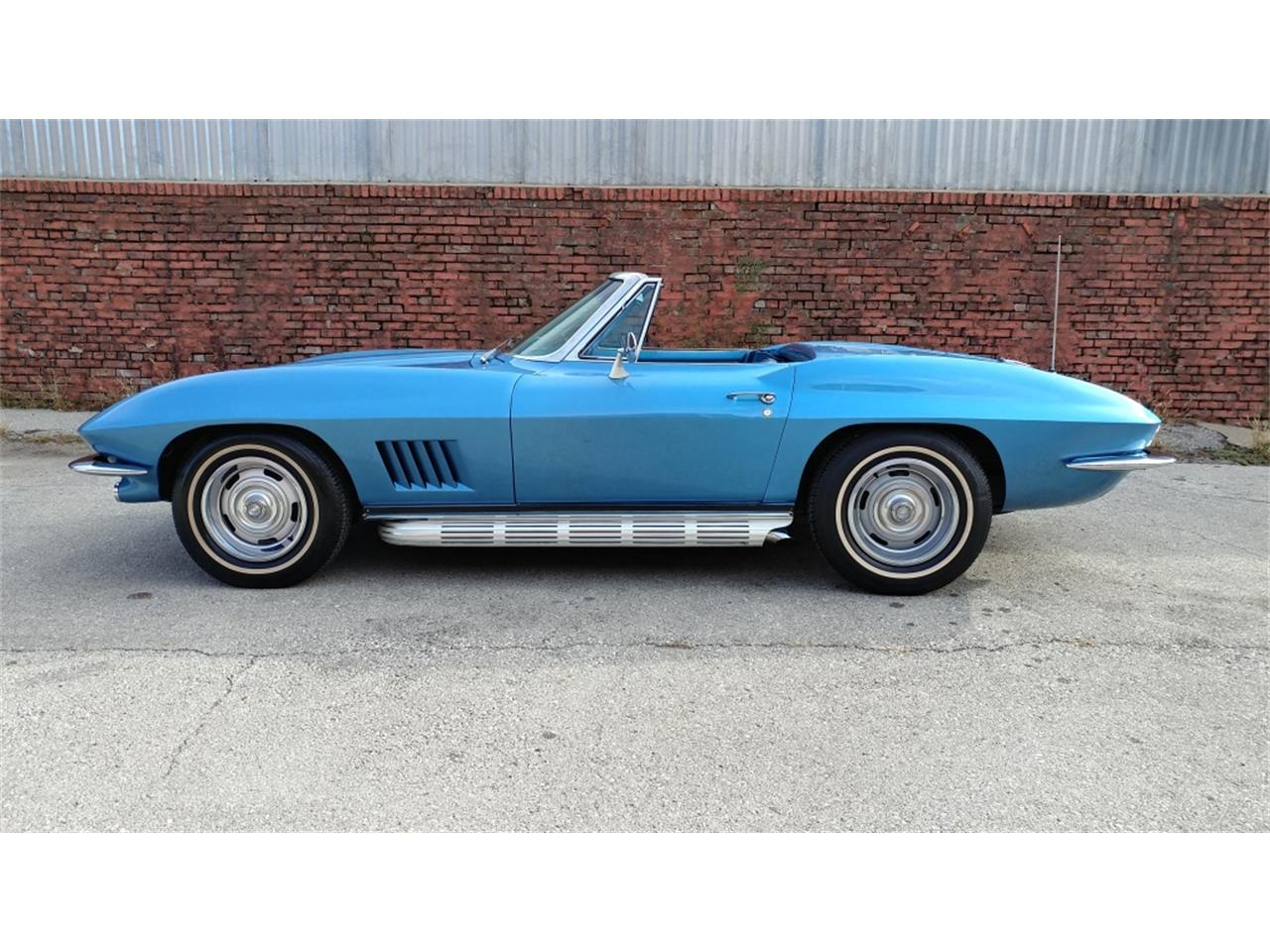 Large Picture of '67 Chevrolet Corvette Offered by Vintage Vettes, LLC - MO2L
