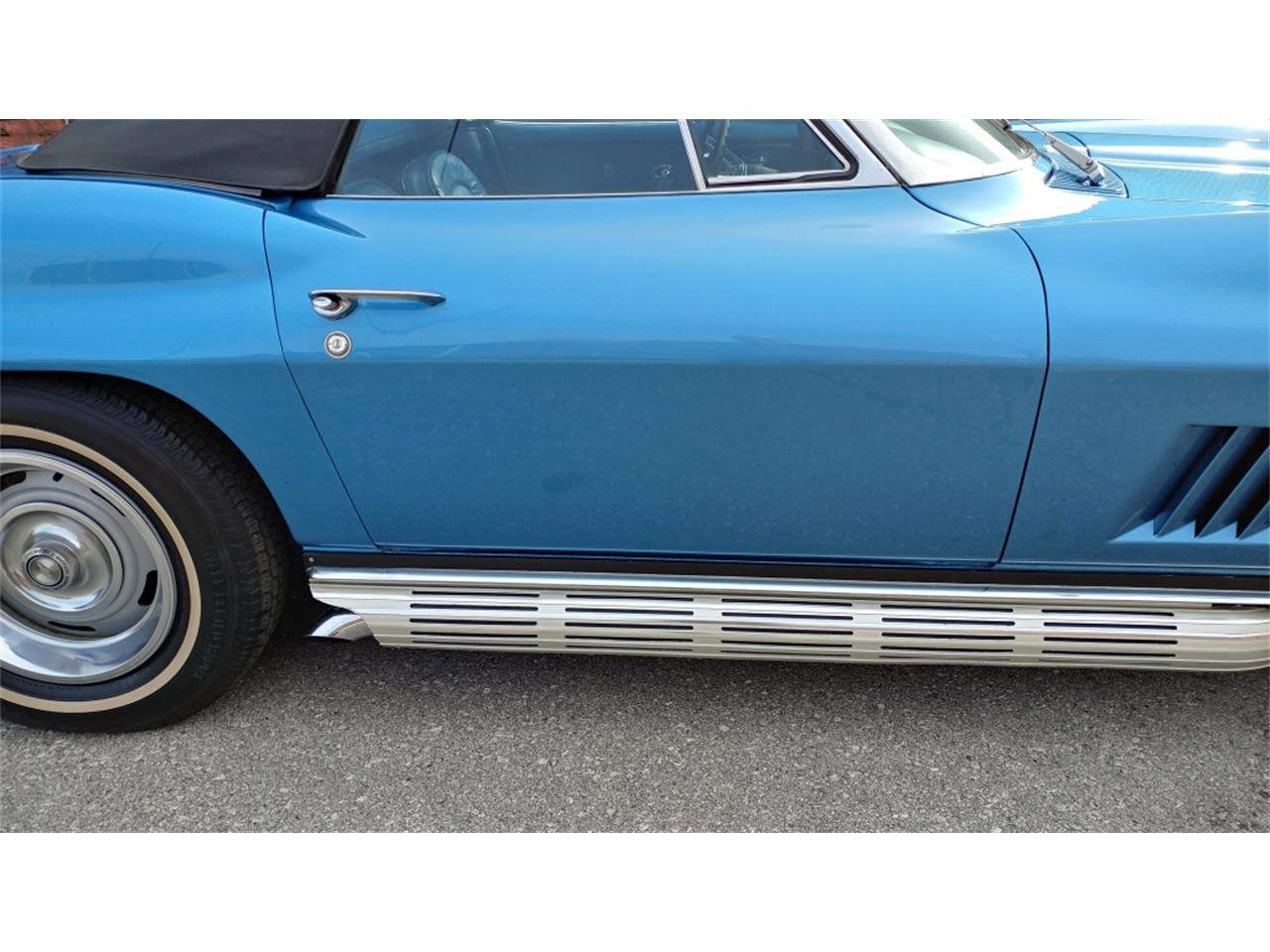 Large Picture of Classic '67 Corvette located in Missouri - MO2L