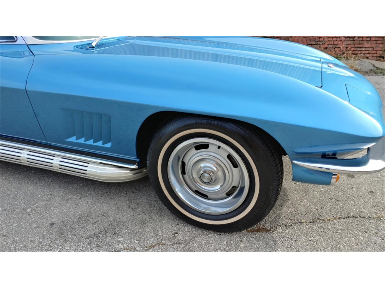 Large Picture of Classic '67 Corvette located in N. Kansas City Missouri - $69,500.00 Offered by Vintage Vettes, LLC - MO2L