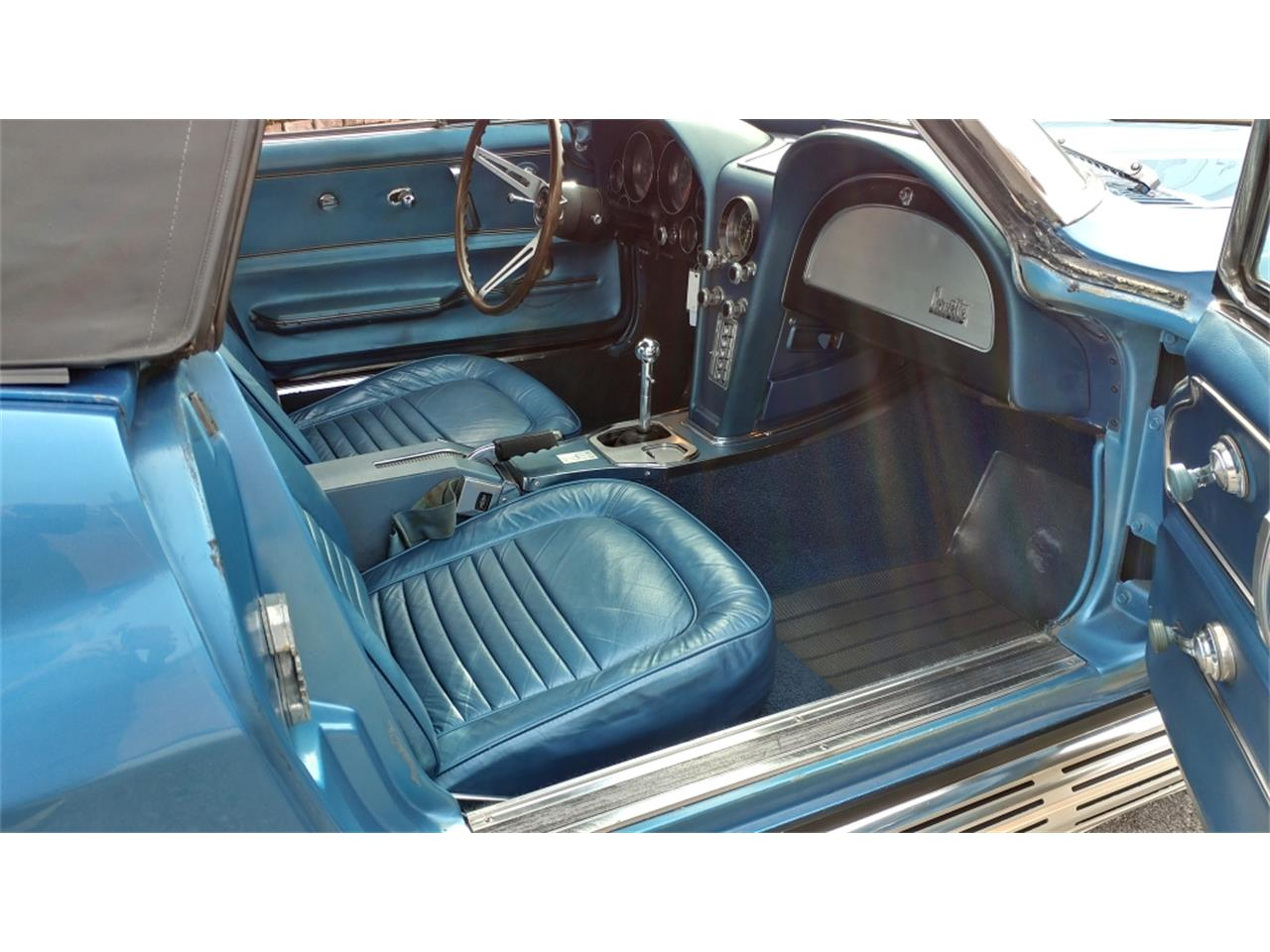 Large Picture of Classic 1967 Chevrolet Corvette - MO2L