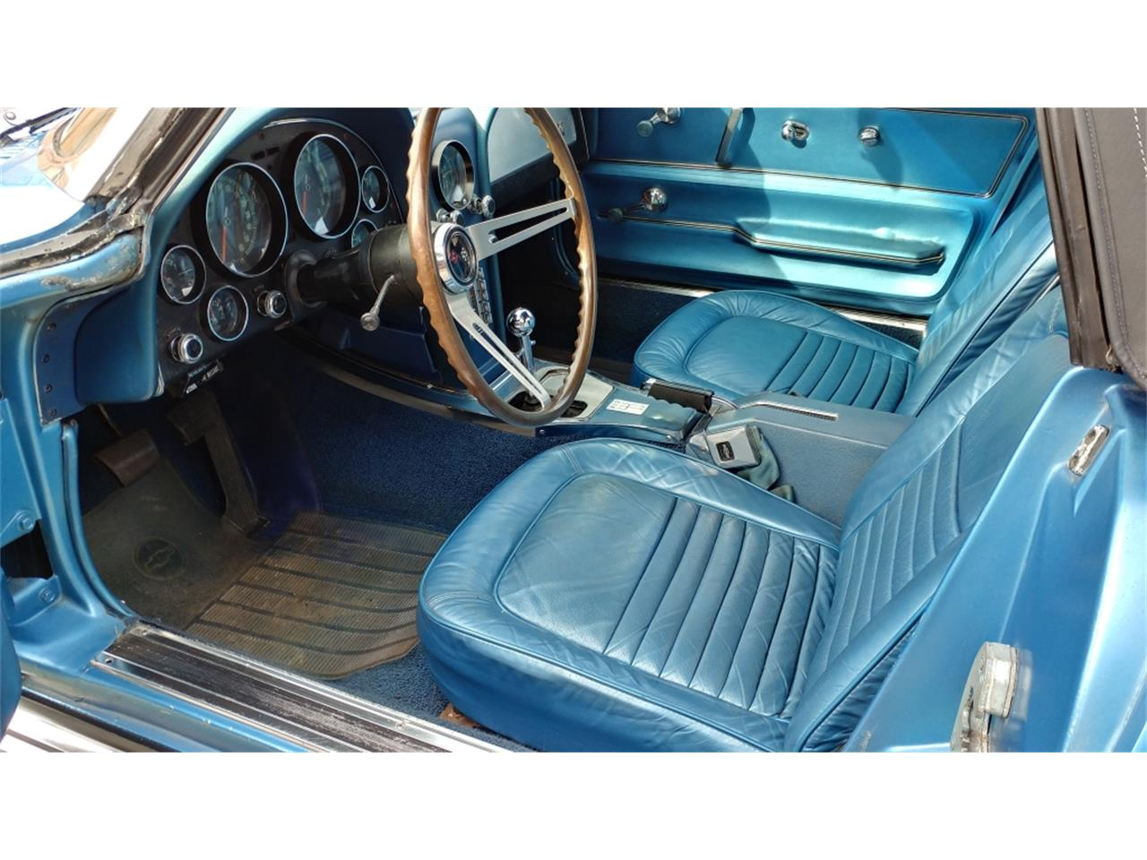 Large Picture of Classic '67 Chevrolet Corvette located in N. Kansas City Missouri - $69,500.00 Offered by Vintage Vettes, LLC - MO2L