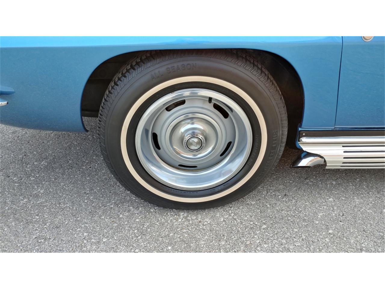 Large Picture of 1967 Chevrolet Corvette - MO2L