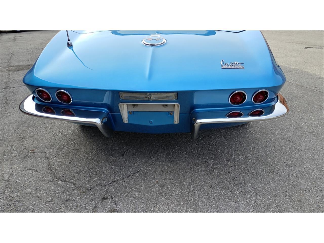 Large Picture of Classic 1967 Corvette - MO2L