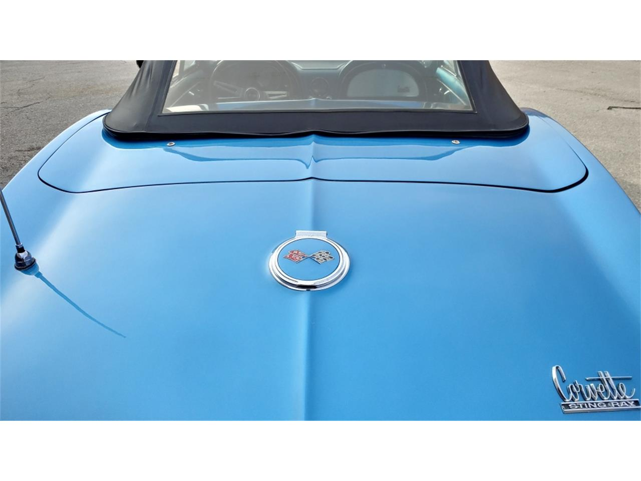 Large Picture of Classic '67 Corvette - MO2L