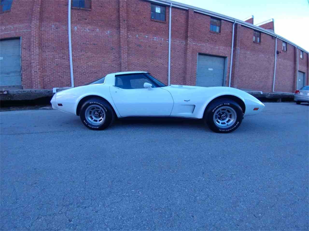 Large Picture of '78 Corvette - MO2O