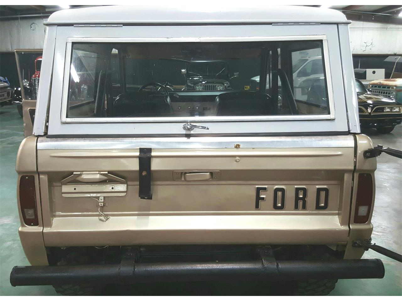 Large Picture of '74 Ford Bronco located in Texas - $18,900.00 - MO2Q