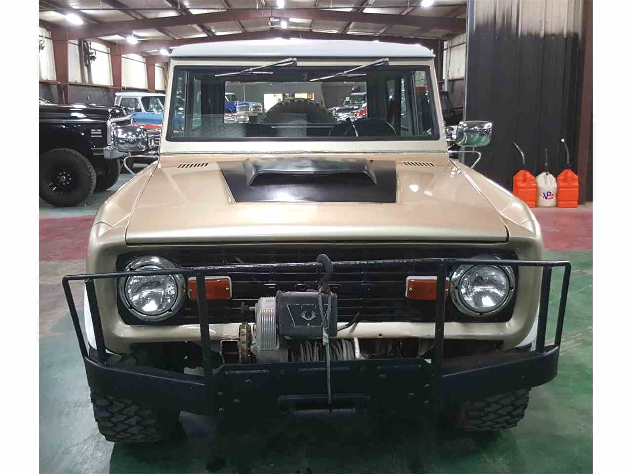 Large Picture of '74 Bronco - MO2Q