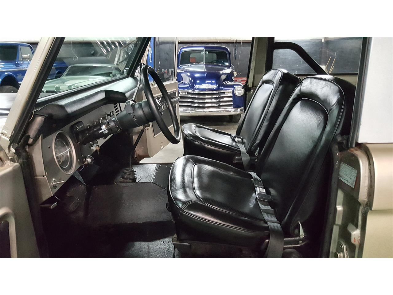 Large Picture of '74 Ford Bronco - MO2Q