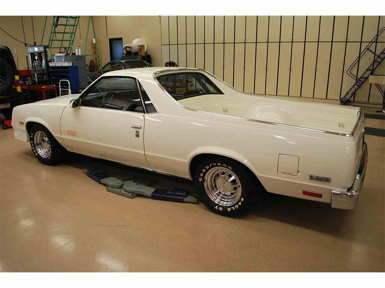 Large Picture of '87 El Camino SS - MO2T