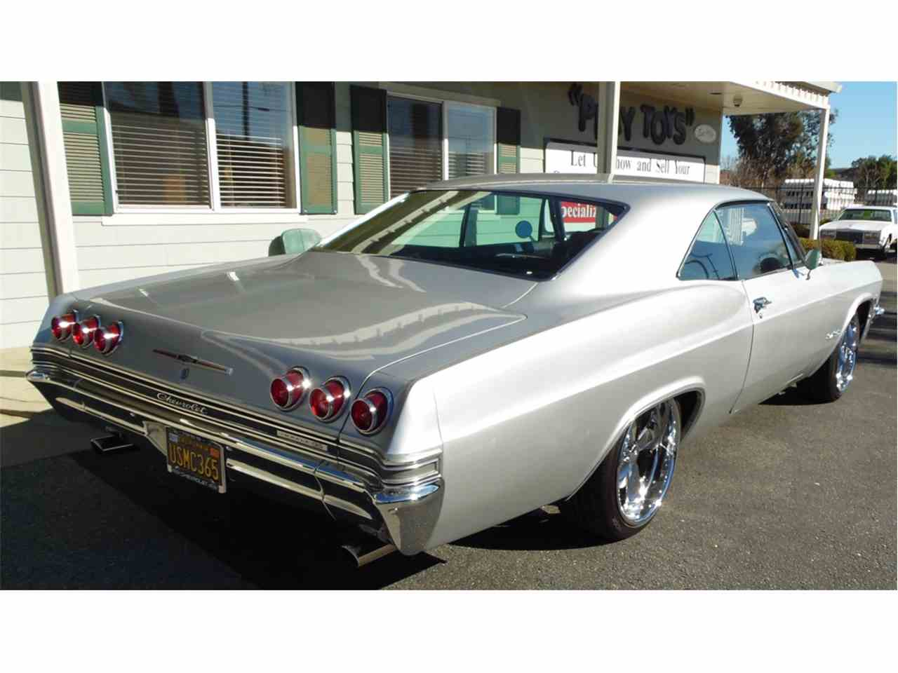 Large Picture of '65 Impala SS - MO2V