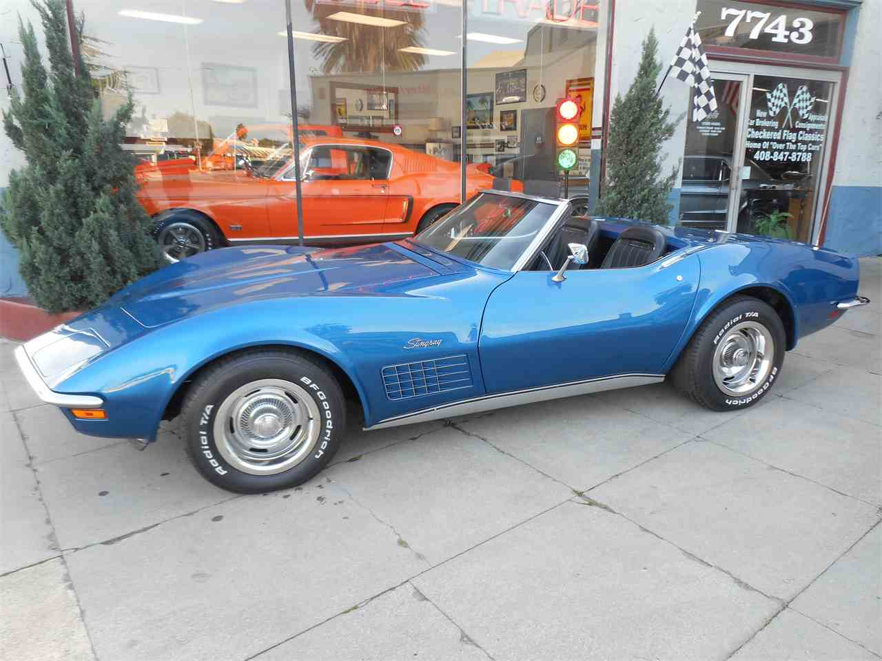 Large Picture of '71 Corvette - MO34