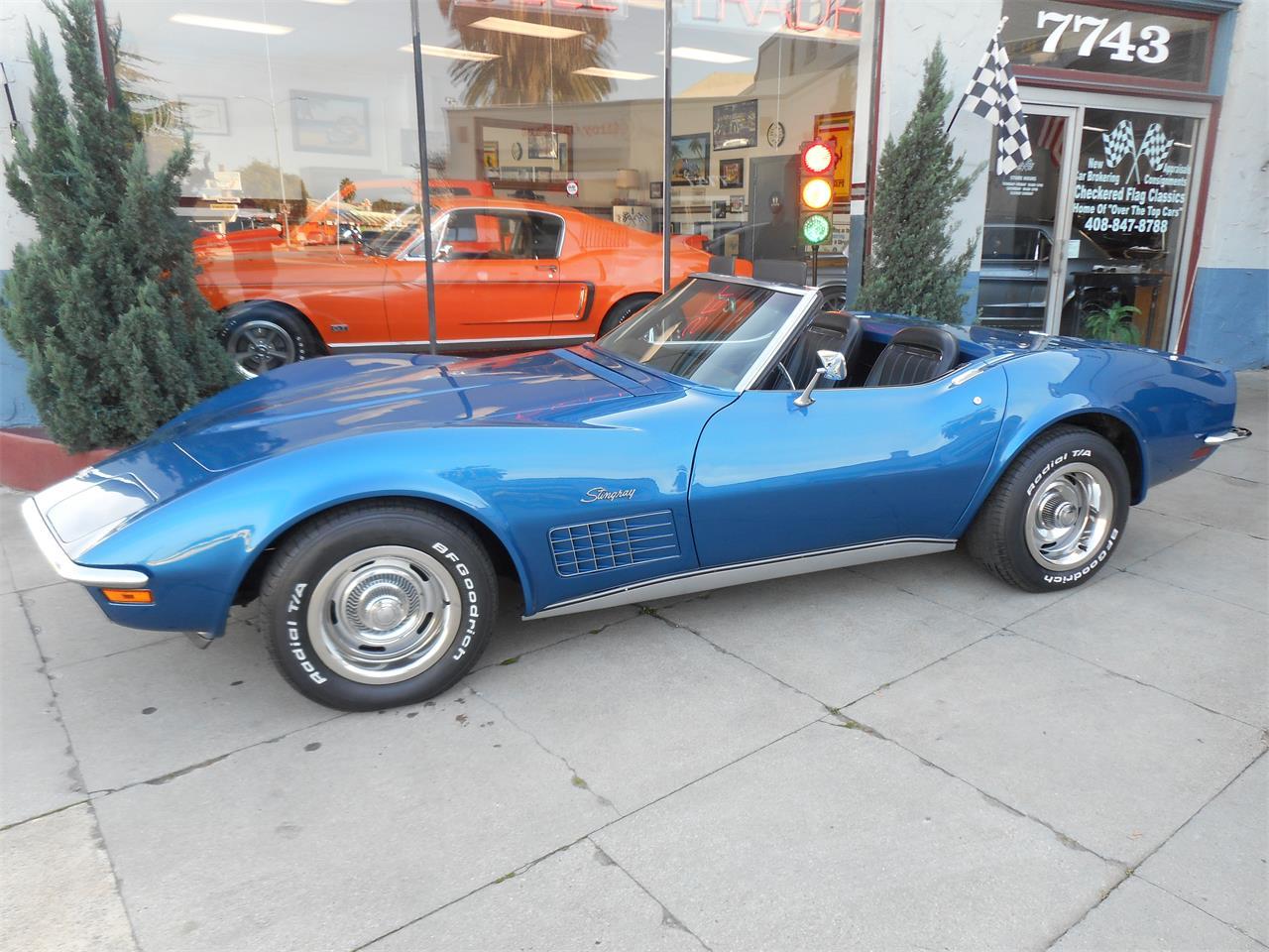 Large Picture of Classic 1971 Corvette - MO34
