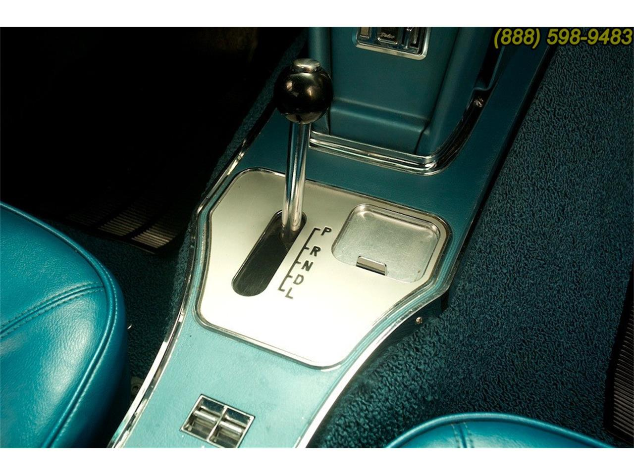Large Picture of '66 Corvette - MO36