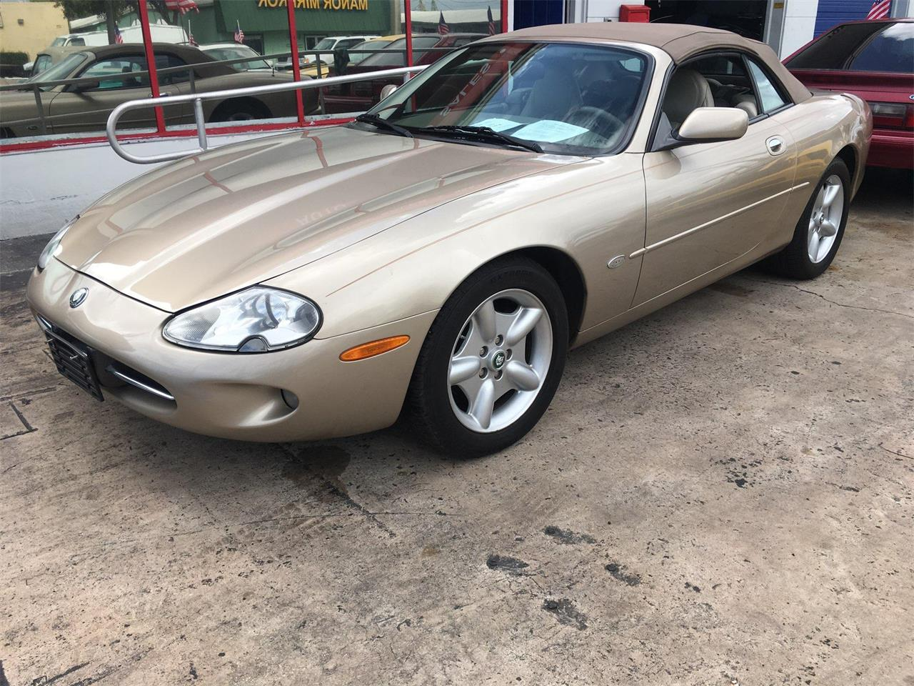 Large Picture of '99 Jaguar XK8 located in Lantana Florida Offered by Auction America - MO3G