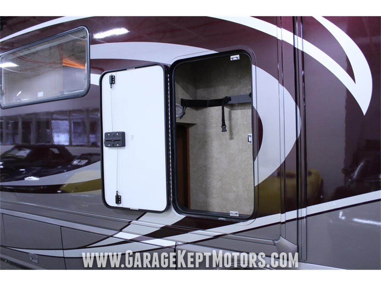 Large Picture of '14 Winnebago Via 25P located in Grand Rapids Michigan - $94,500.00 Offered by Garage Kept Motors - MO40