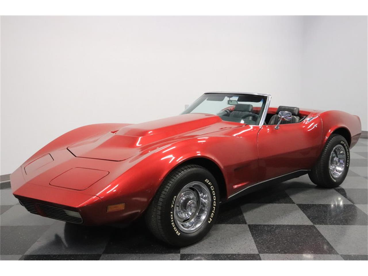 Large Picture of '69 Corvette - MO4A