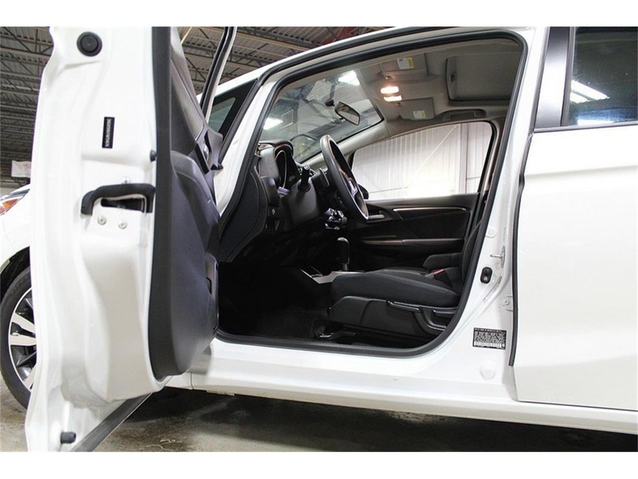 Large Picture of '15 Honda Fit located in Kentwood Michigan - MO4N