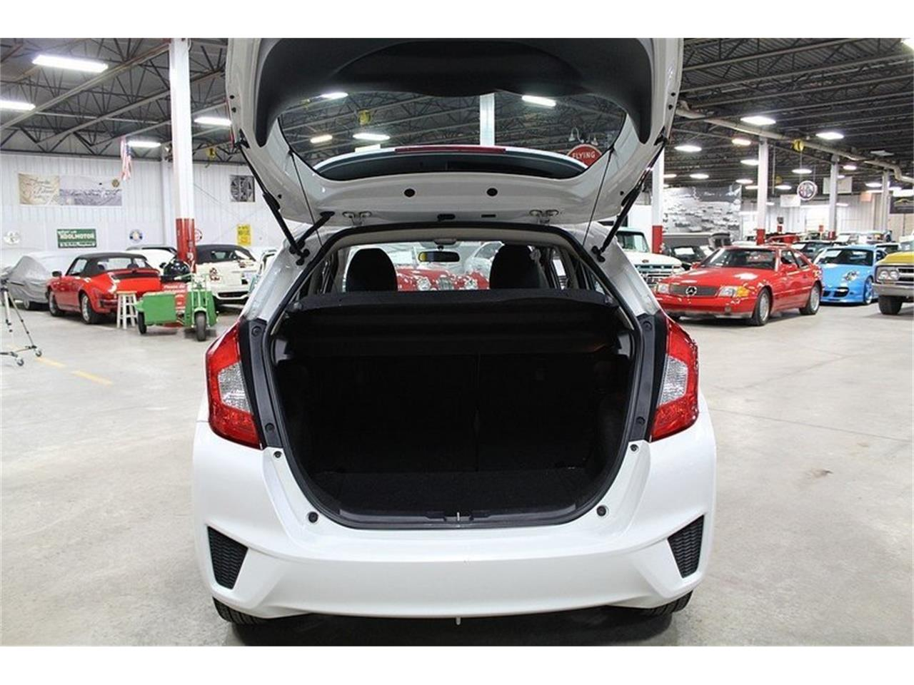 Large Picture of '15 Honda Fit - MO4N