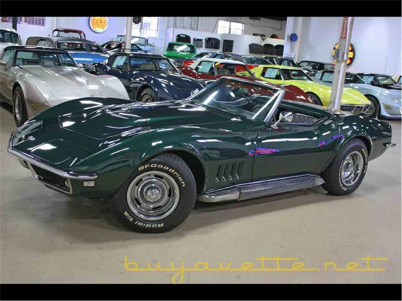 Large Picture of '68 Corvette - MO51