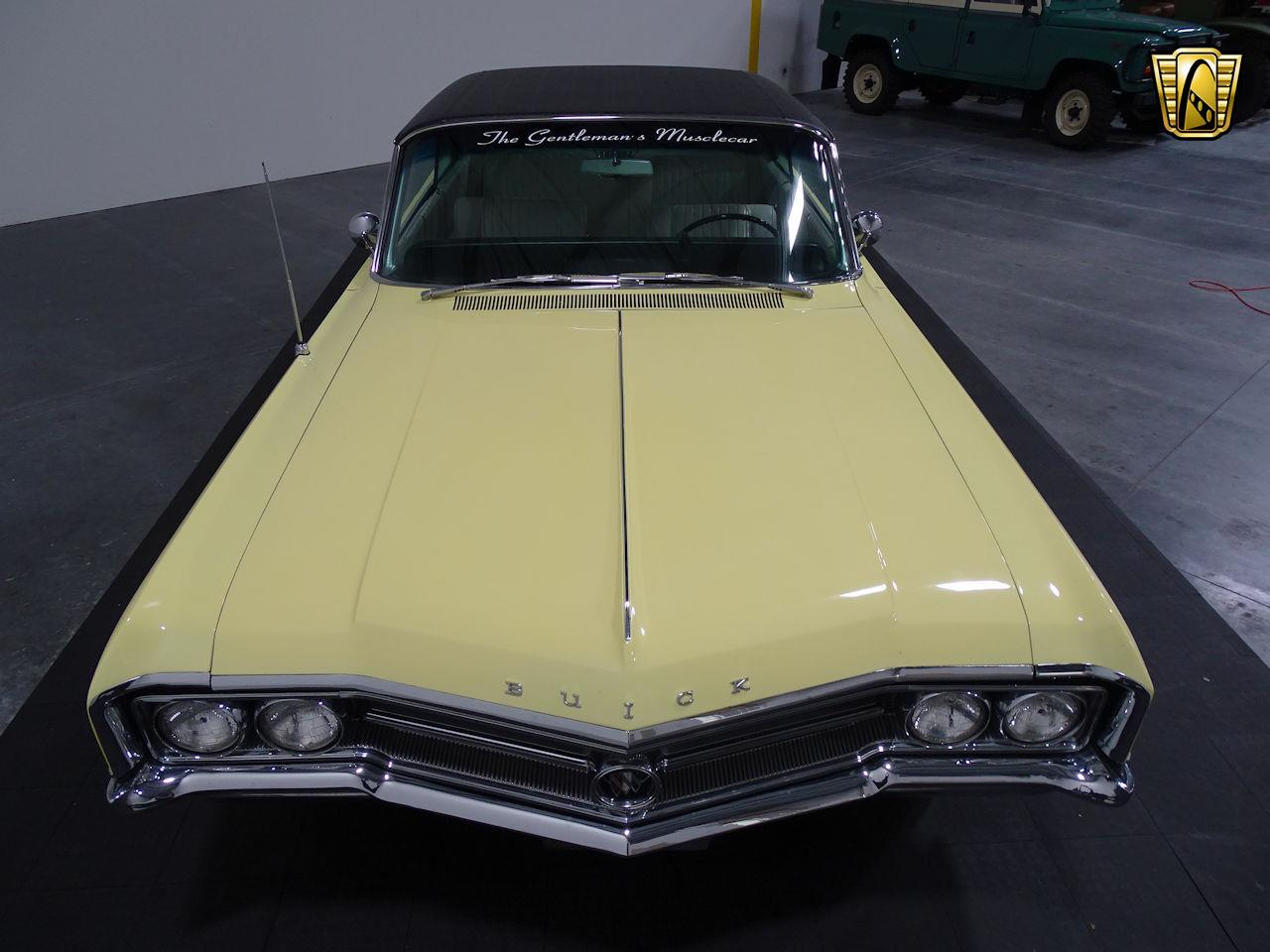 Large Picture of Classic 1964 Buick Wildcat located in Houston Texas - MO52