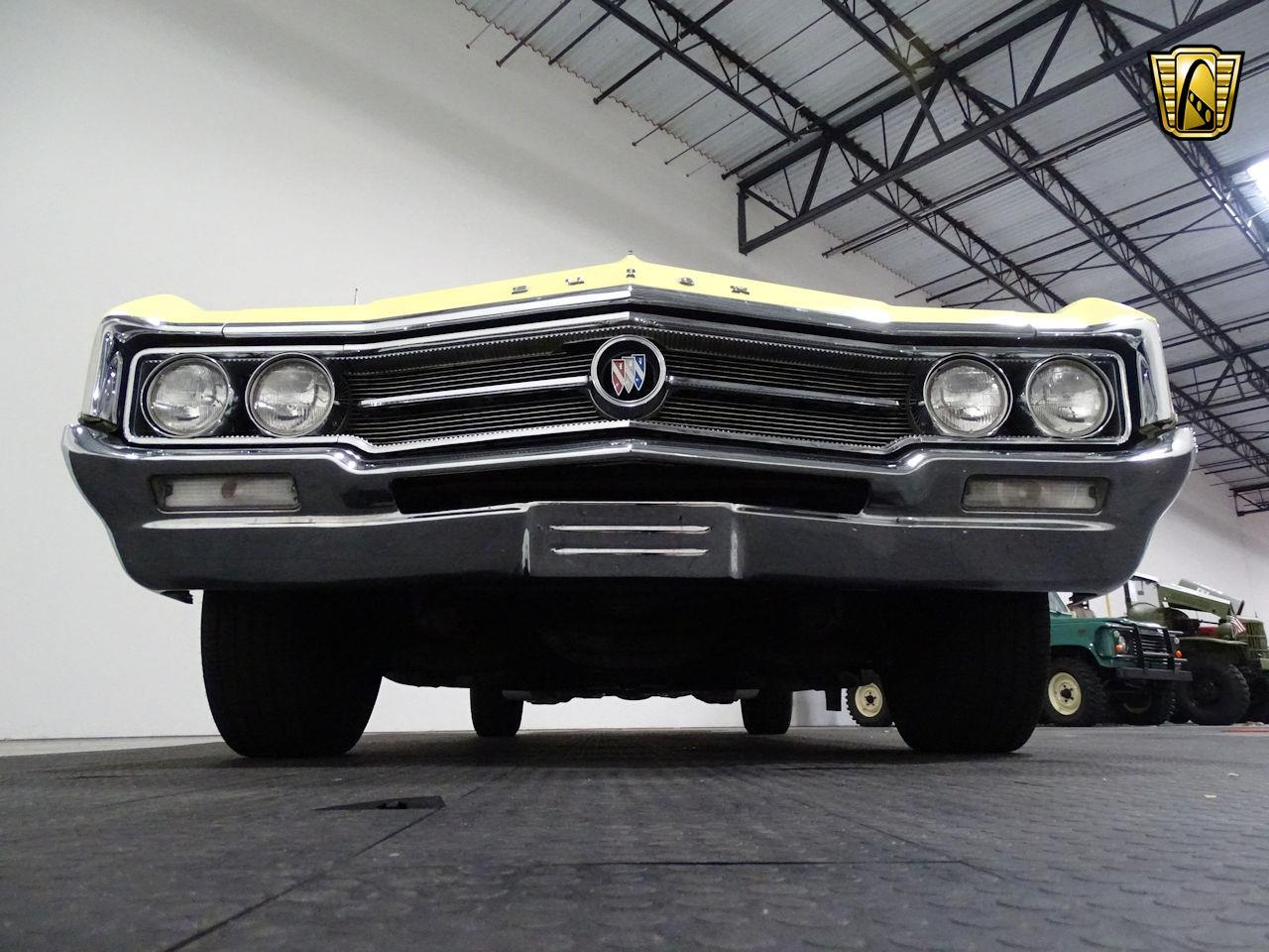 Large Picture of Classic 1964 Buick Wildcat - $35,995.00 Offered by Gateway Classic Cars - Houston - MO52