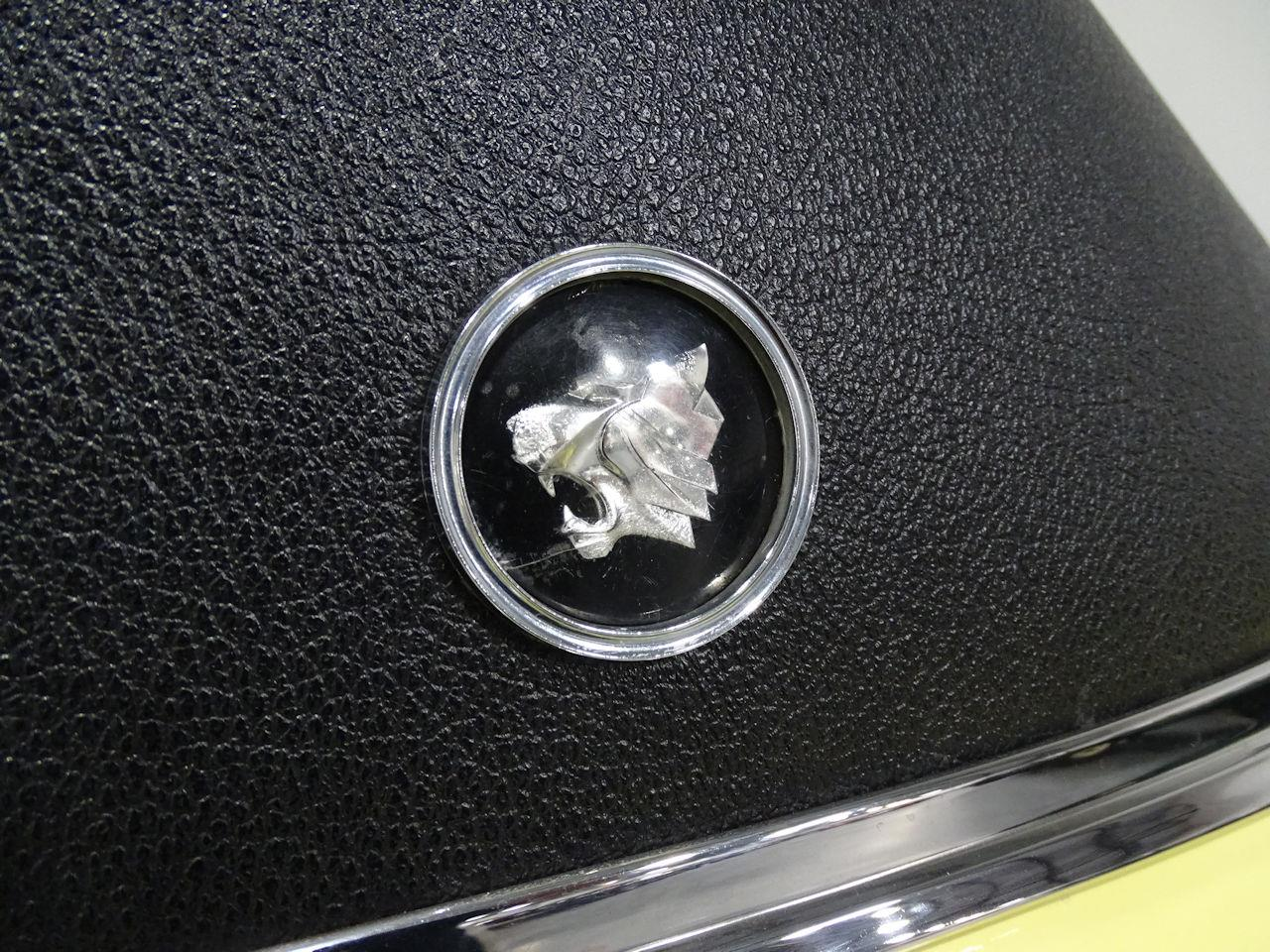 Large Picture of '64 Wildcat located in Houston Texas Offered by Gateway Classic Cars - Houston - MO52