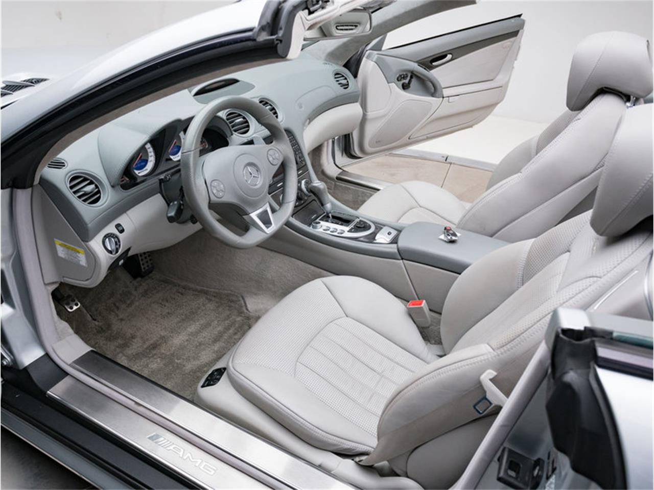 Large Picture of '09 SL-Class - MO53