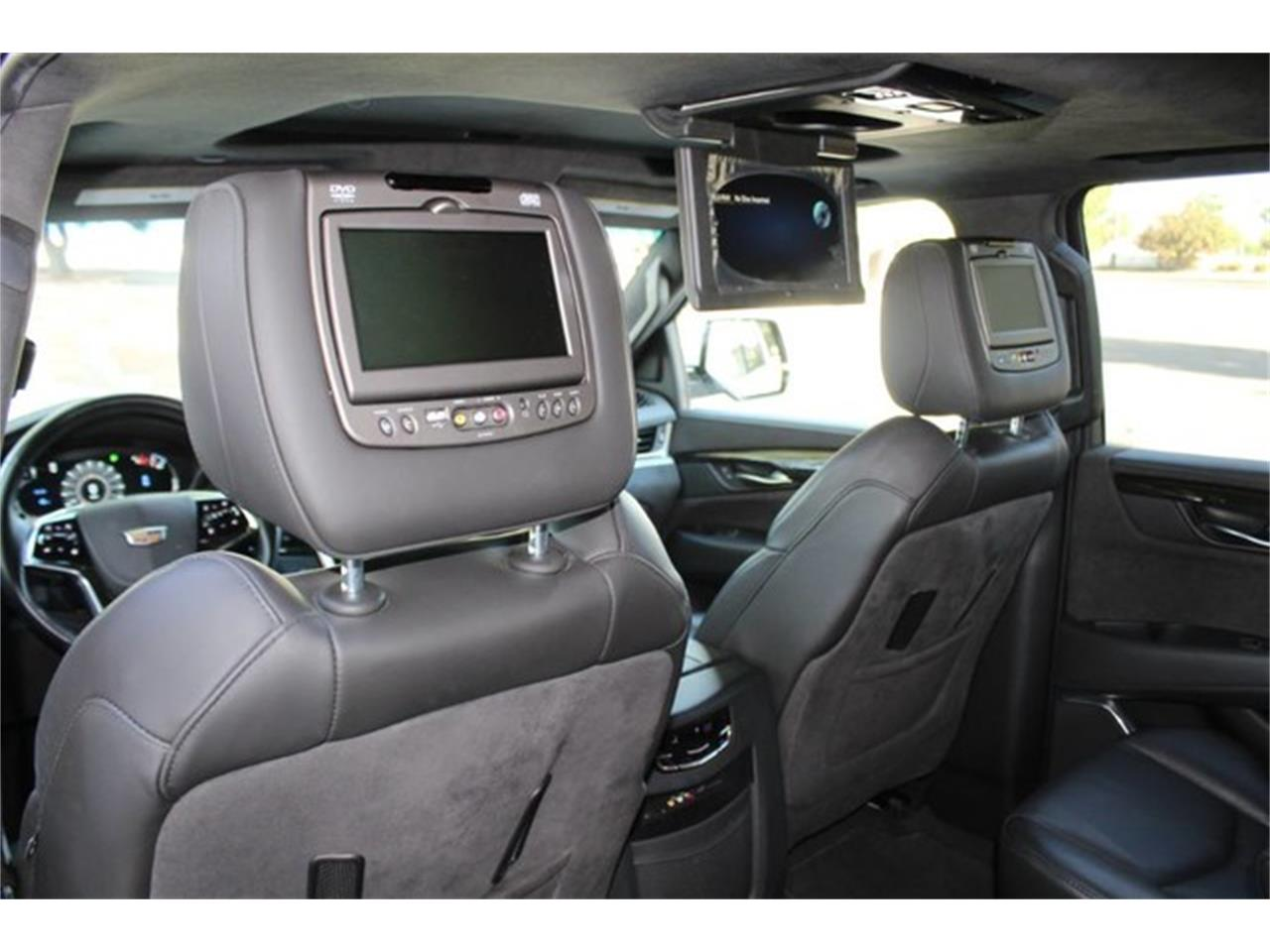 Large Picture of 2016 Cadillac Escalade located in Anaheim California - $67,888.00 - MO5S