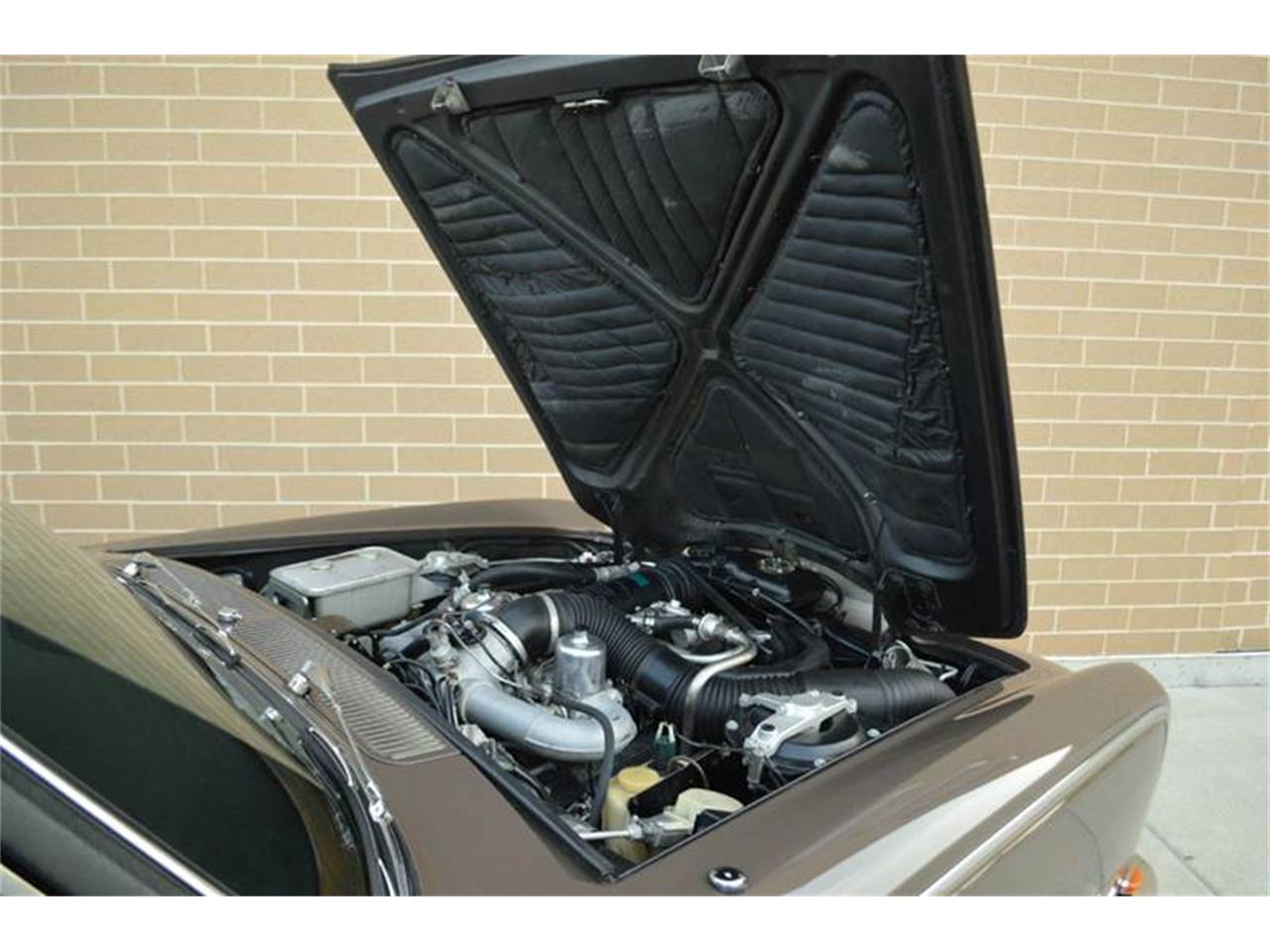 Large Picture of Classic '69 Rolls-Royce Silver Shadow - $54,000.00 Offered by Park-Ward Motors - MO62