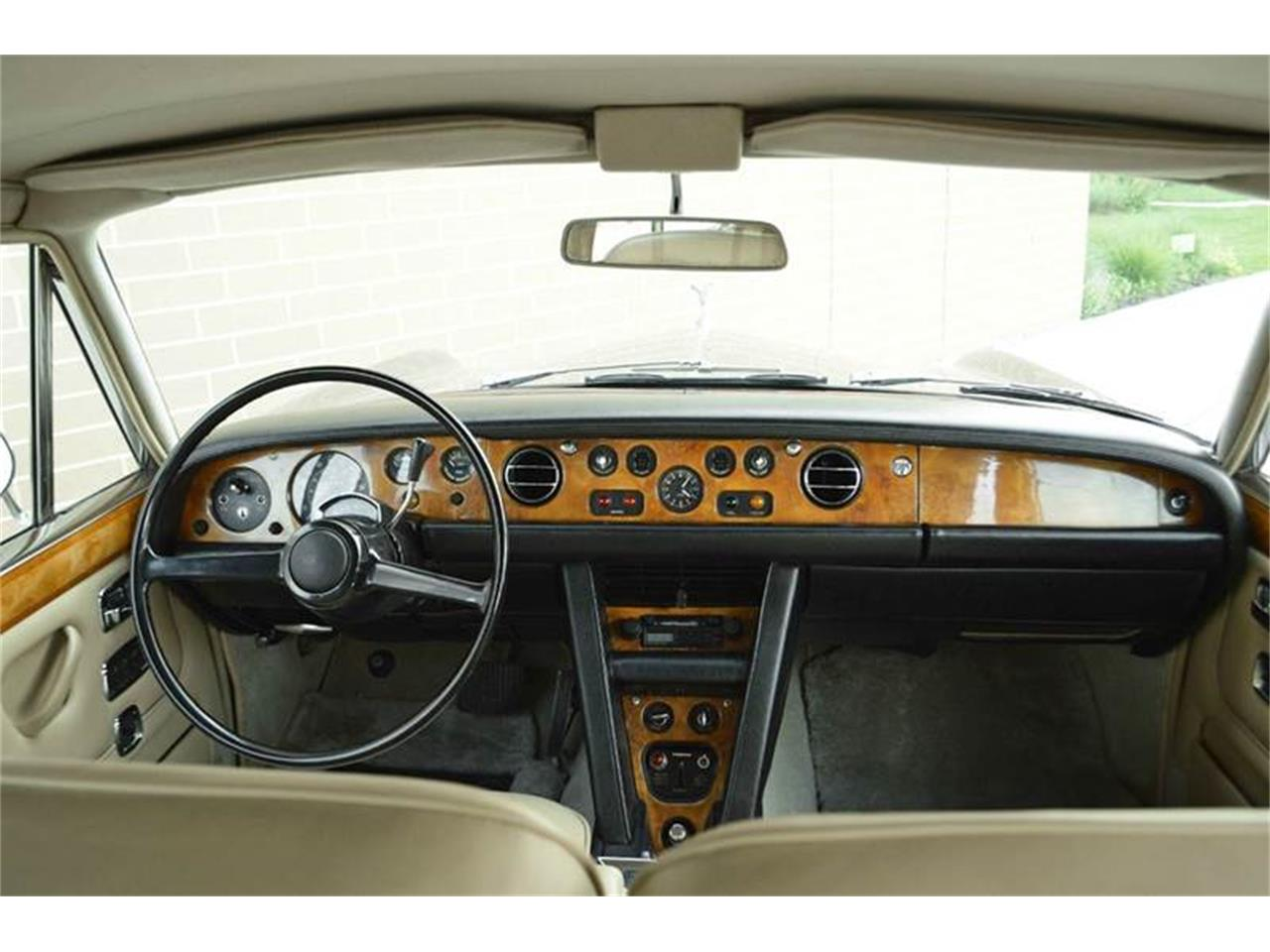 Large Picture of 1969 Rolls-Royce Silver Shadow - $54,000.00 Offered by Park-Ward Motors - MO62