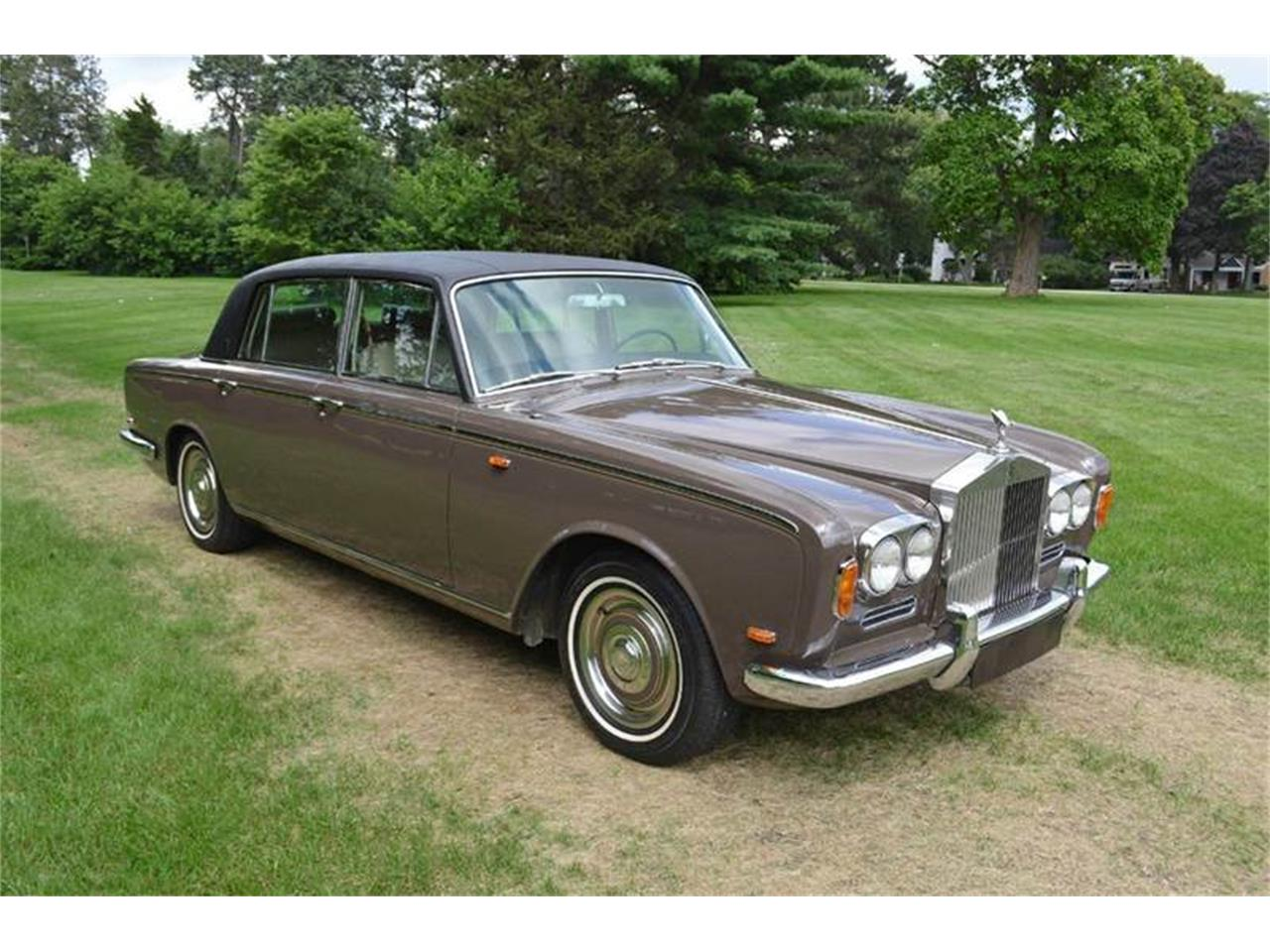 Large Picture of 1969 Rolls-Royce Silver Shadow located in Carey Illinois Offered by Park-Ward Motors - MO62