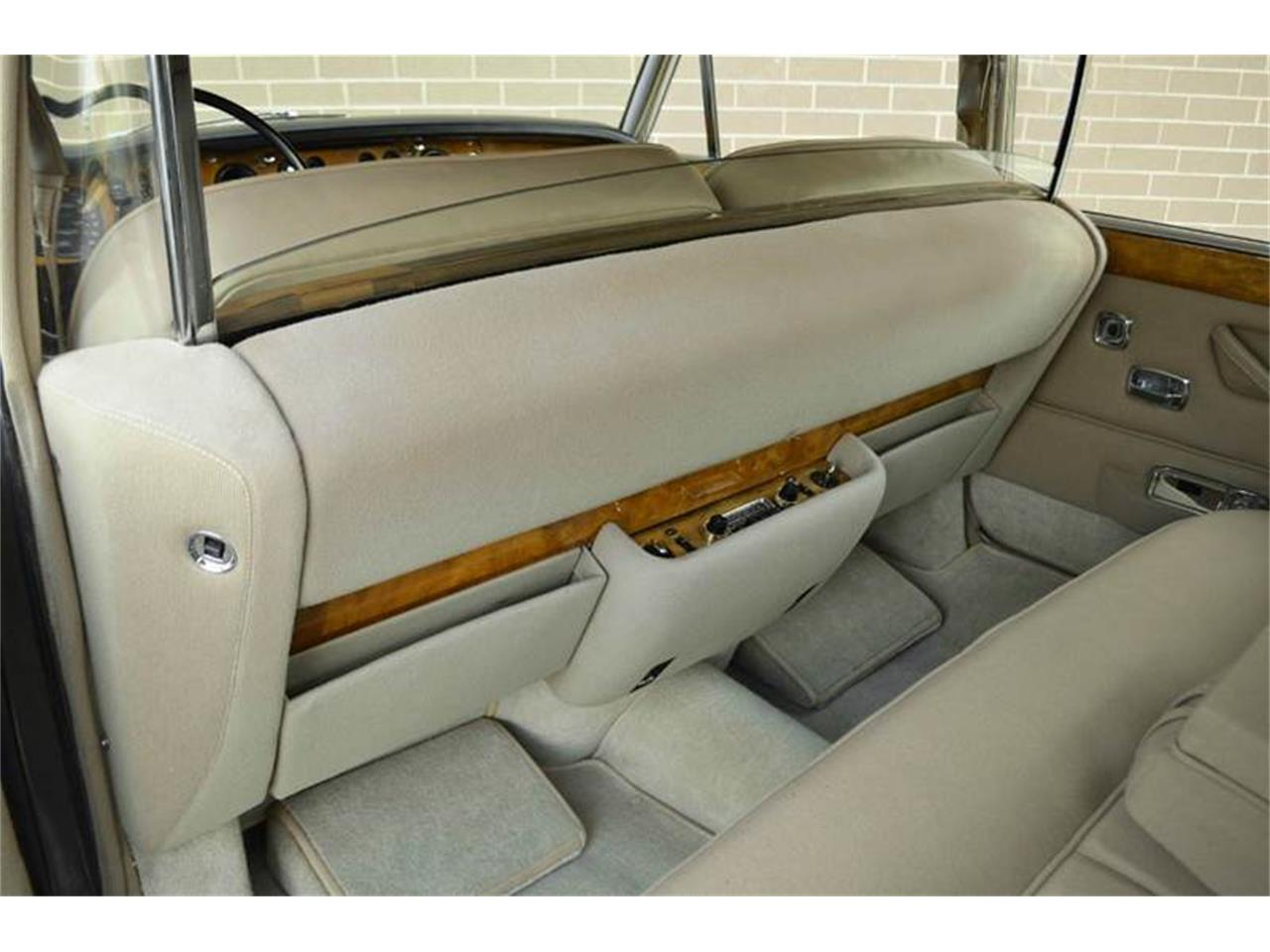 Large Picture of '69 Rolls-Royce Silver Shadow located in Carey Illinois - $54,000.00 Offered by Park-Ward Motors - MO62