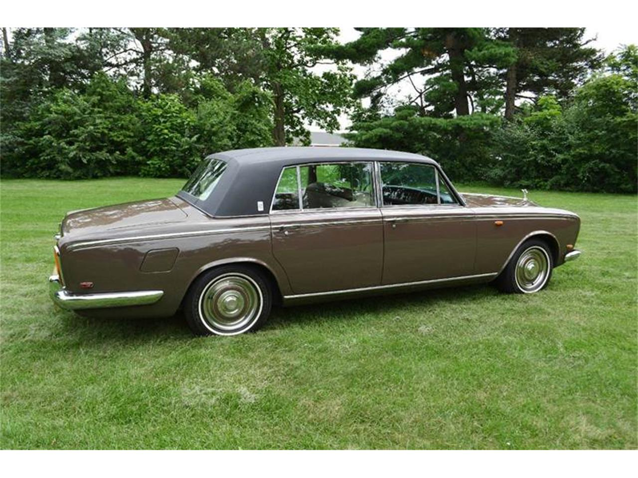 Large Picture of '69 Rolls-Royce Silver Shadow located in Carey Illinois - $54,000.00 - MO62