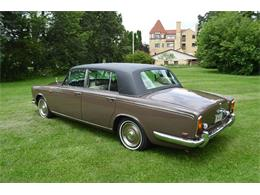 Picture of '69 Silver Shadow located in Illinois - MO62