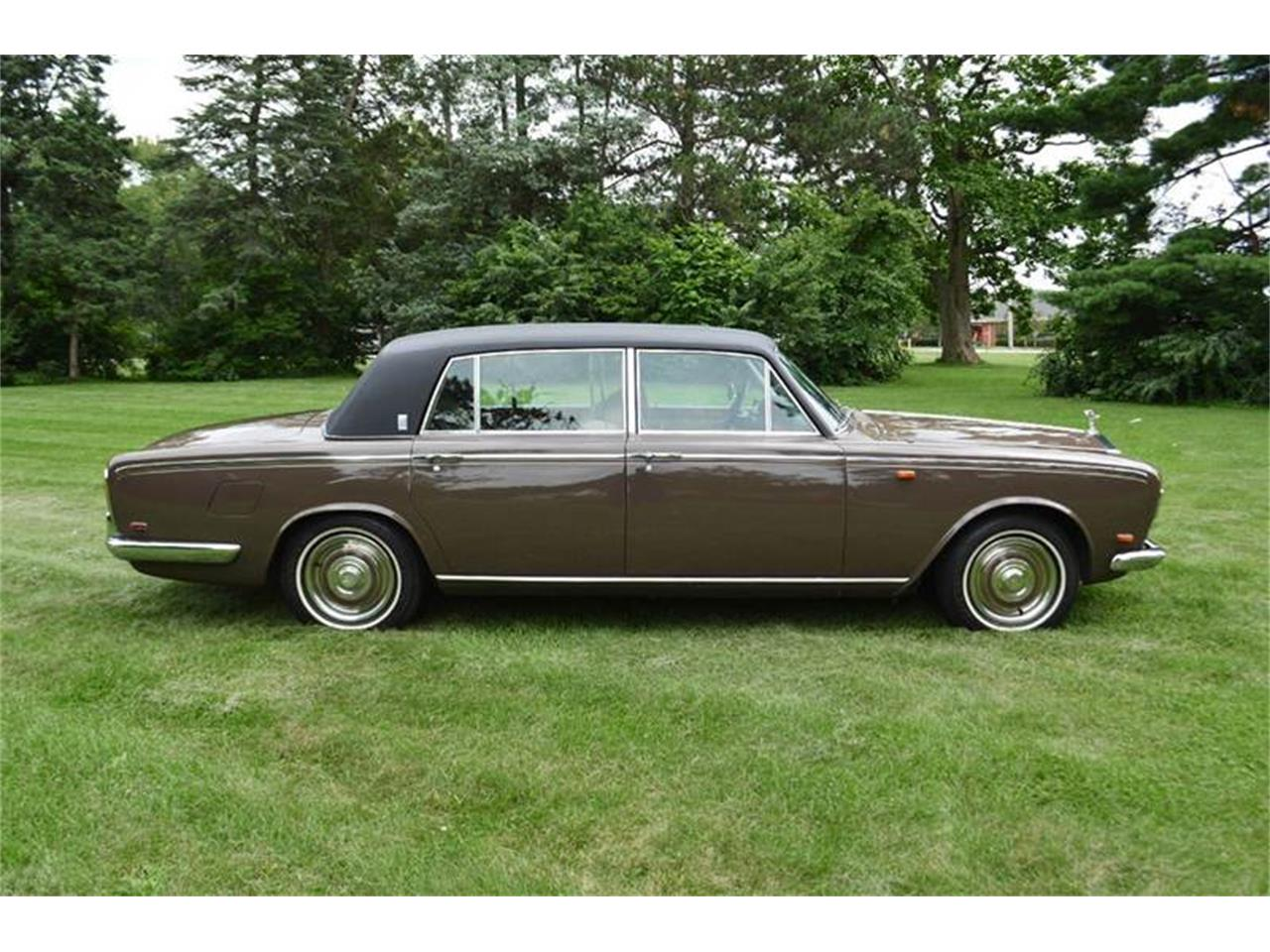 Large Picture of '69 Rolls-Royce Silver Shadow located in Illinois - $54,000.00 Offered by Park-Ward Motors - MO62