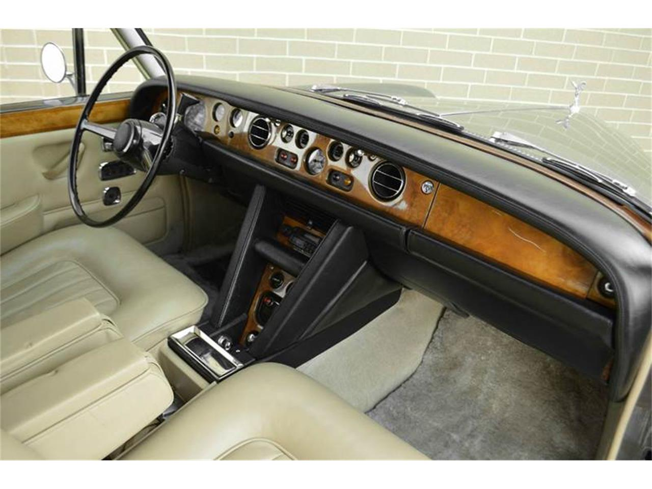 Large Picture of 1969 Rolls-Royce Silver Shadow - $54,000.00 - MO62