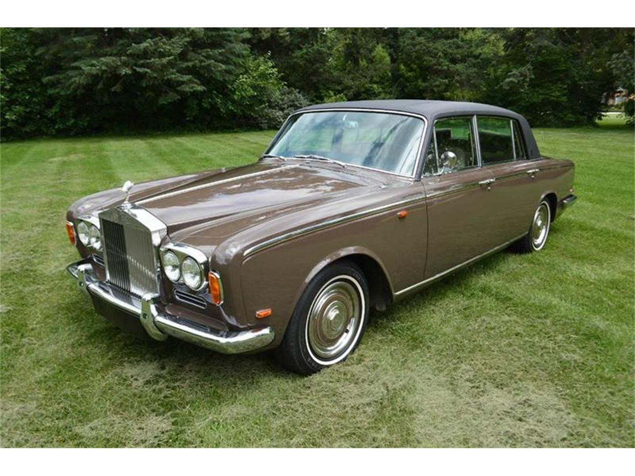Large Picture of Classic '69 Silver Shadow Offered by Park-Ward Motors - MO62