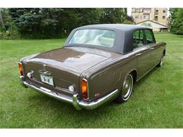 Picture of Classic 1969 Silver Shadow located in Illinois Offered by Park-Ward Motors - MO62