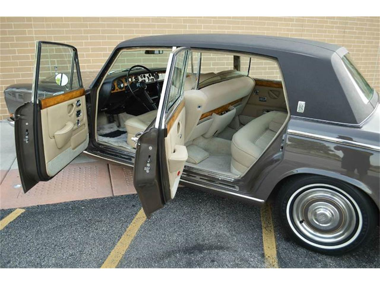 Large Picture of 1969 Rolls-Royce Silver Shadow Offered by Park-Ward Motors - MO62