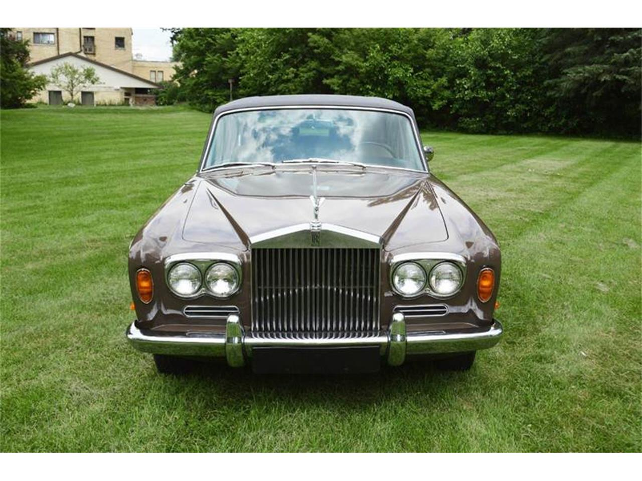 Large Picture of '69 Silver Shadow - $54,000.00 Offered by Park-Ward Motors - MO62