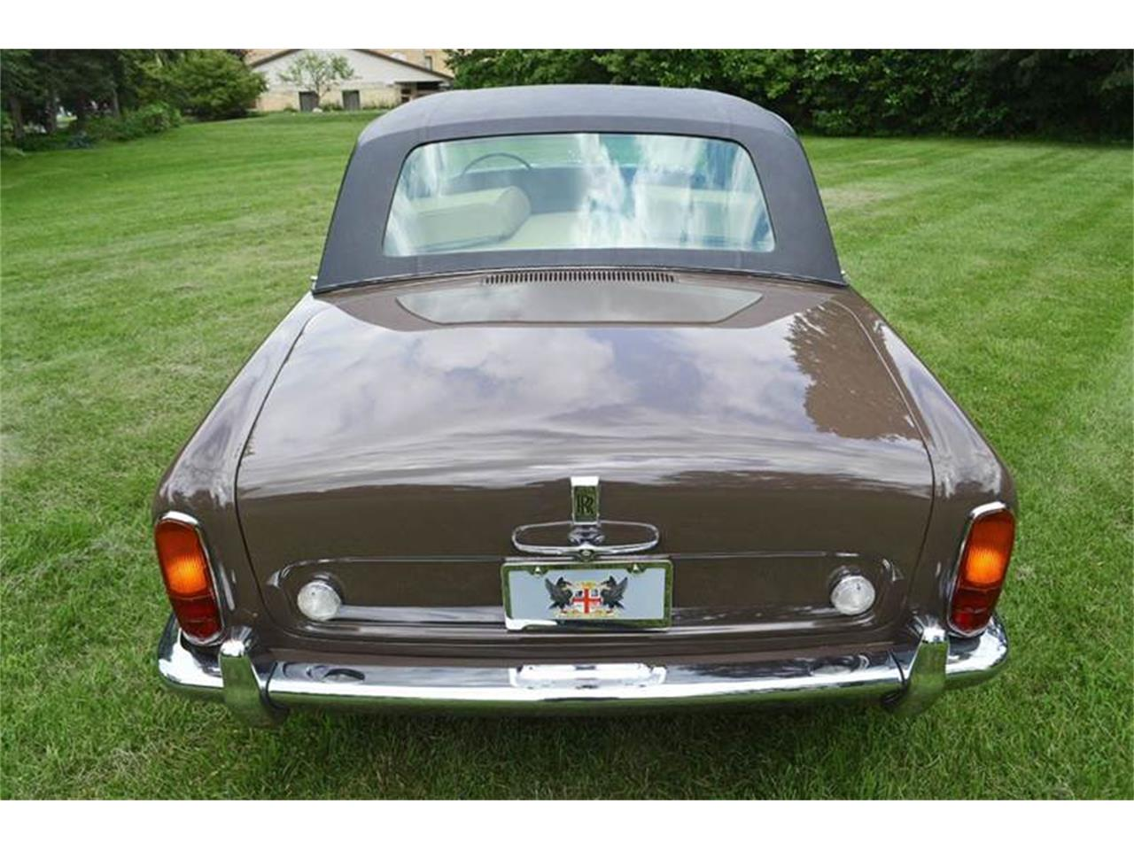 Large Picture of Classic 1969 Rolls-Royce Silver Shadow located in Carey Illinois - $54,000.00 - MO62