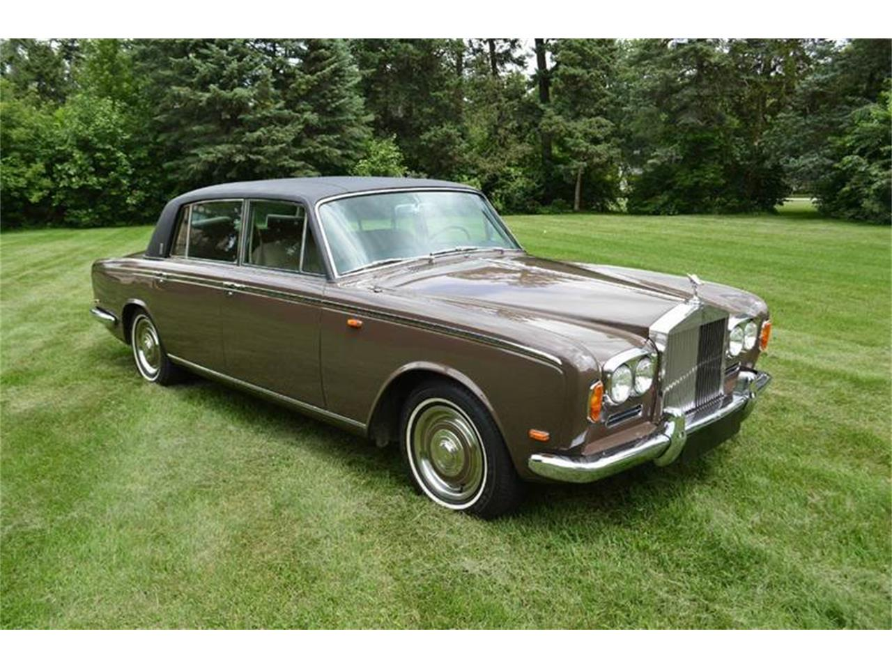 Large Picture of '69 Silver Shadow located in Carey Illinois Offered by Park-Ward Motors - MO62