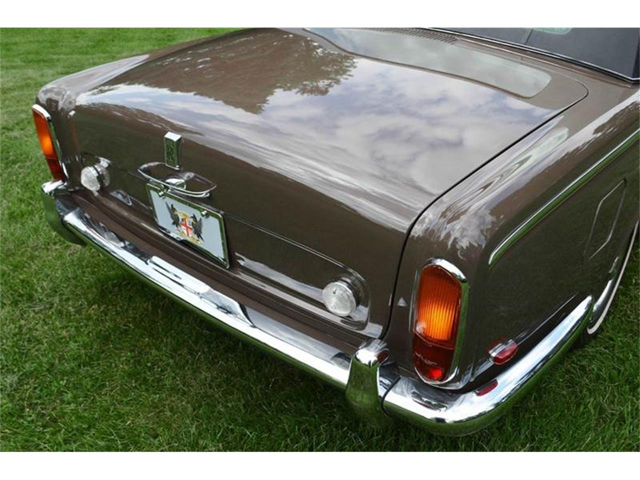 Large Picture of 1969 Silver Shadow - $54,000.00 Offered by Park-Ward Motors - MO62