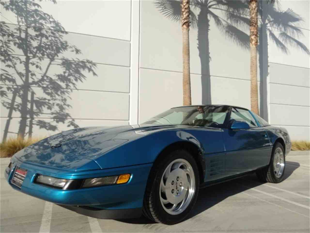 Large Picture of 1993 Corvette located in Anaheim California - MO6A