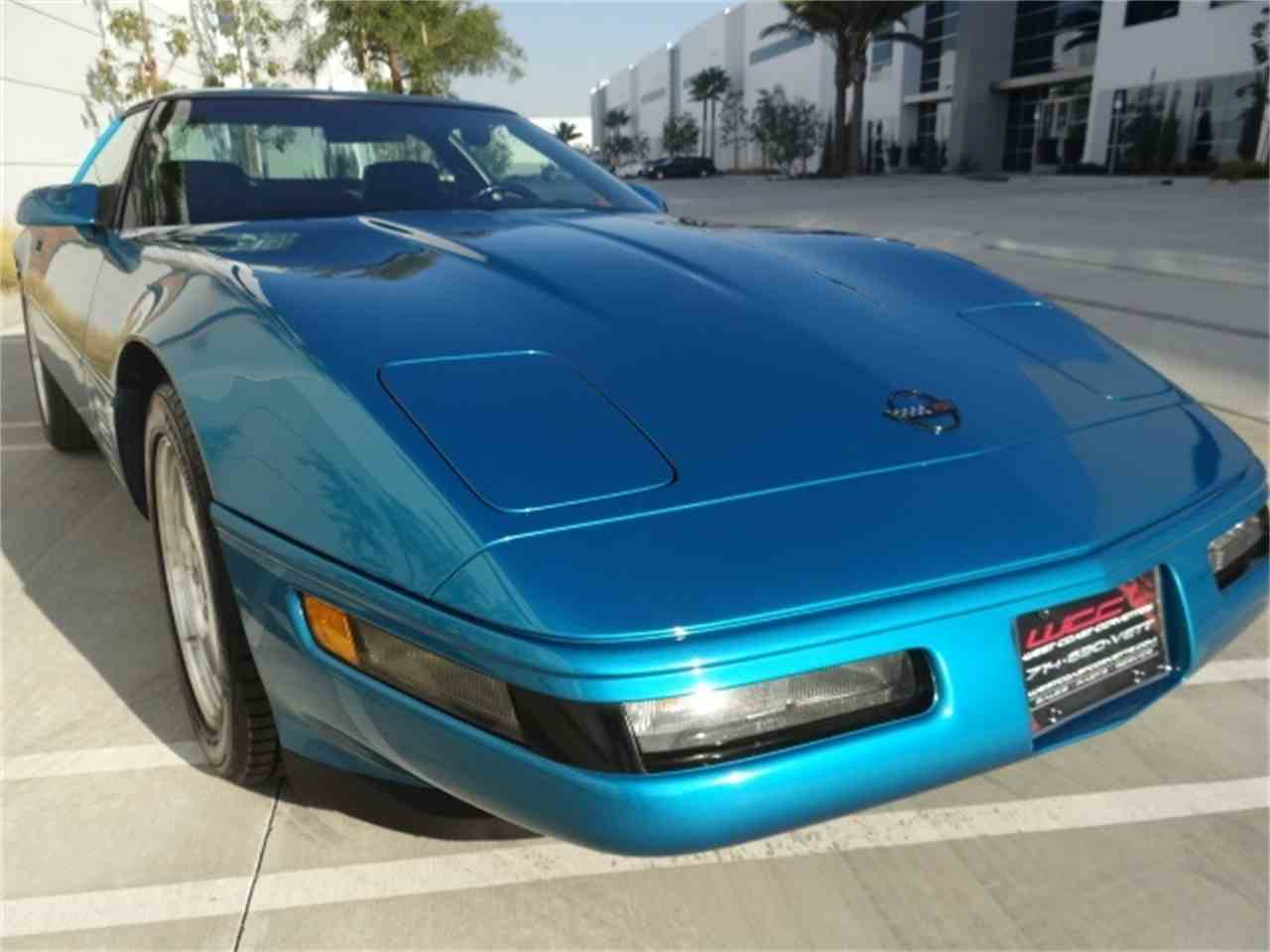 Large Picture of '93 Chevrolet Corvette - MO6A